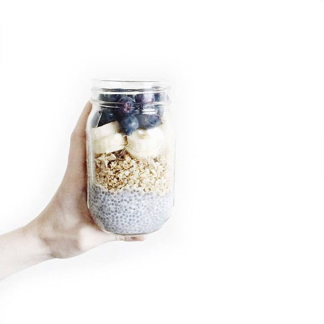 Heathly breakfast ?? Recipe soon on the blog #heathlybreakfast #breakfast #laterbreakfast #masonjar #chia